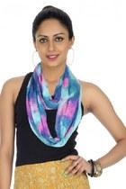 Rajrang scarf