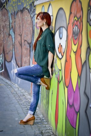 green Bershka jeans - burnt orange H&M wedges - Ilotti blouse