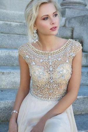 ivory silk Chanel dress