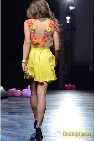 yellow Raluca Pichiu skirt