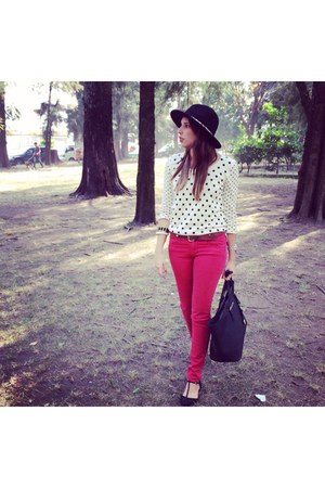 ivory Target cardigan - ruby red pull&bear jeans - black Michael Kors bag