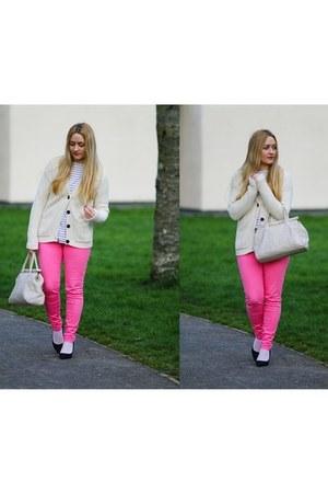 bubble gum H&M jeans - cream TK Maxx cardigan