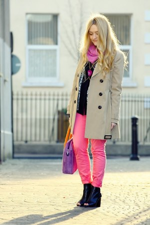 pink H&amp;M jeans - black peep toe River Island boots - camel F&amp;F coat