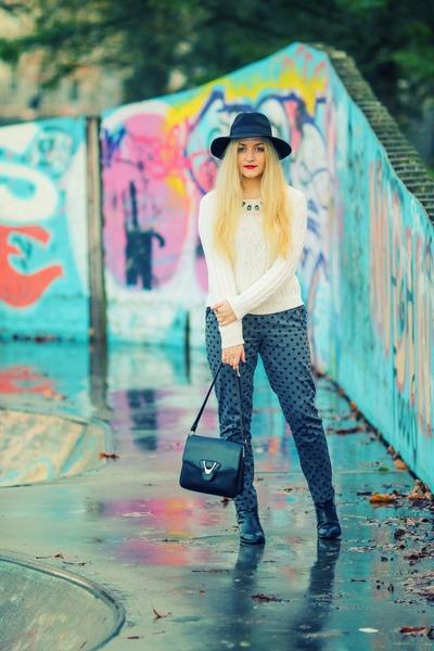 black Topshop boots - black fedora Fails Worth hat - black vintage bag