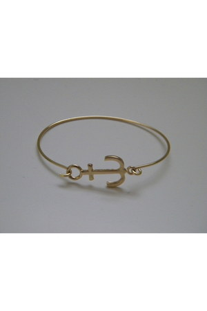 gold thin anchor Calico bracelet