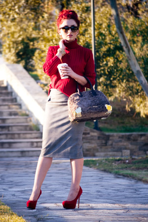 Zara skirt - vintage sweater - Moschino bag - christian dior sunglasses