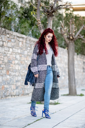 charcoal gray Mango cardigan - blue Zara shoes