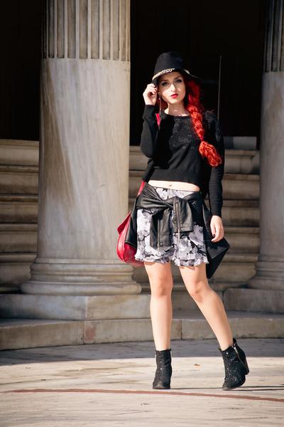 vintage skirt - Topshop boots - Zara sweater