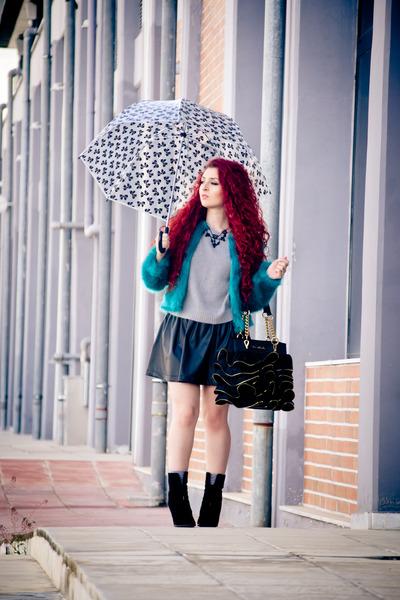 Choies jacket - Moschino bag - Zara skirt