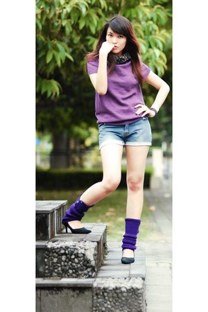 self-cut Levis shorts - knitted random brand socks - knitted Miss Sixty top - su