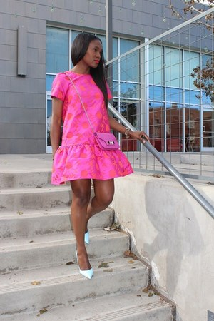 pink dress - pink bag - Blue heels