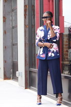 floral top - pink bag - Blue sunglasses - Blue pants - Blue heels