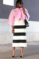 pink top - black bag - black sunglasses - Back Patent pumps - Stripe skirt