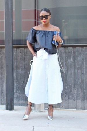 Stella McCartney bag - Karen Walker sunglasses - J Crew pumps - The Fifth skirt