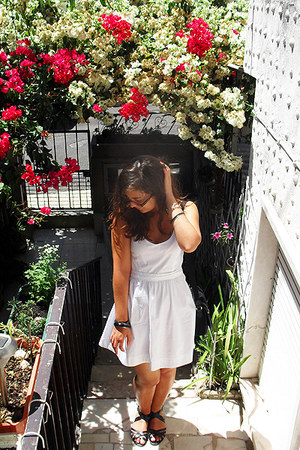 white Bershka dress - black H&M sandals - black Primark bracelet