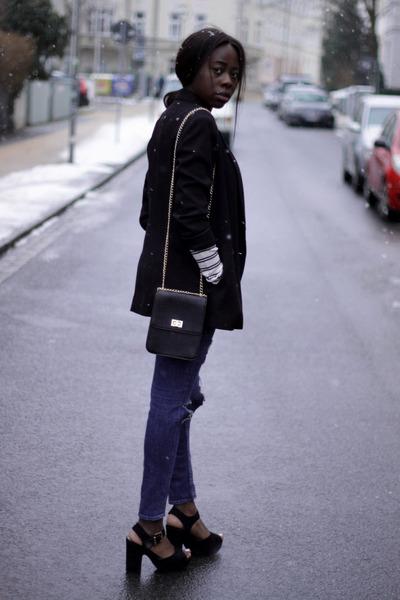 Zara Blazers, H&M Jeans, Zara Shirts, Evan&Odd Bags ...