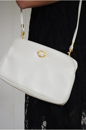 white Mar Igold bag