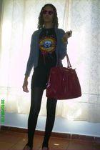 black unknown brand Guns N Roses t-shirt - black Made by my dressmaker shorts -