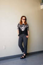 mirror lens Urban Outfitters sunglasses - BDG pants - vagabond sandals