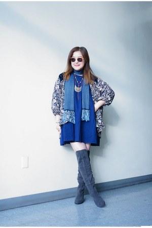 navy slinky ecote scarf - franco sarto boots - Urban Renewal dress
