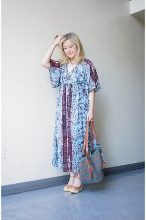Chan Luu necklace - free people dress - woven straw Ralph Lauren bag