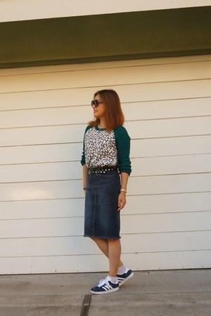 denim laundry skirt - Cut25 sweater - quay sunglasses