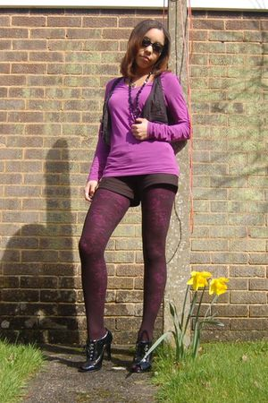 black Primark tights - purple Primark tights - black barretts boots - purple Pri