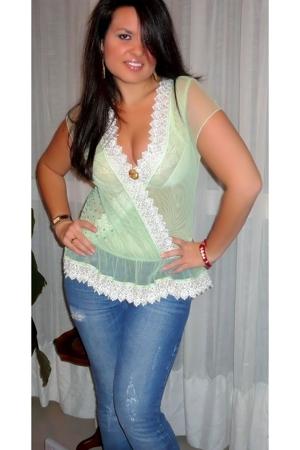 Amazone top - Zara jeans