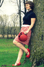 Red-cloche-vintage-hat-black-vintage-scarf-white-target-belt-black-merona-