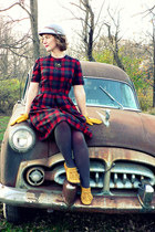 red wool plaid thrifted vintage dress - heather gray vintage hat