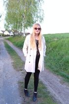 beige vintage coat - black vintage vest - black Topshop leggings - black River I