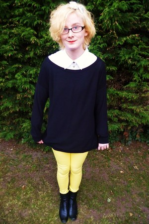 black leather pixie George boots - yellow George jeans