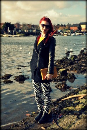 Primark jumper - H&M boots - CMNC Woman coat - H&M pants