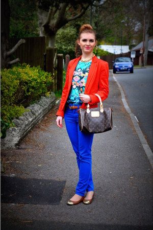 H&M shoes - Primark blazer - LV bag - H&M pants - Primark t-shirt - H&M belt