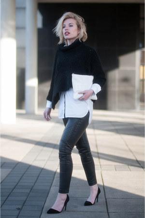 white oversized asos shirt - white clutch text Boohoo bag - black asos pants