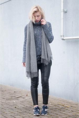 navy H&M sweater - heather gray canada wool Acne Studios scarf