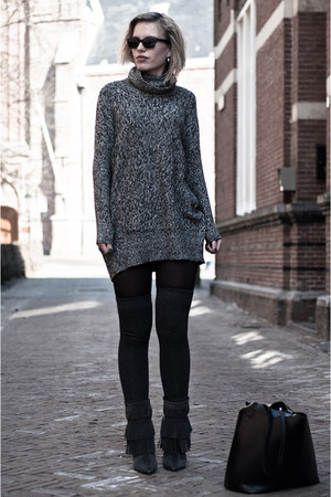 charcoal gray the Sting boots - charcoal gray lindex sweater - black Zara bag