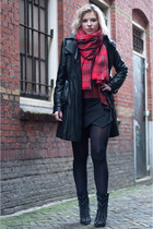 black sam edelman boots - black Mango coat - brick red H&M scarf