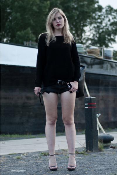 black H&M sweater - black Cool Cat shorts - black Ray Ban sunglasses