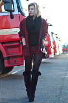 crimson vintage blazer - black H&M New Icons boots - black DIY scarf