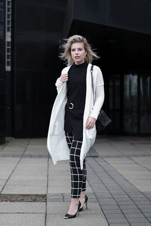 black costes pants - black Guess heels - white Melting Stockholm cardigan