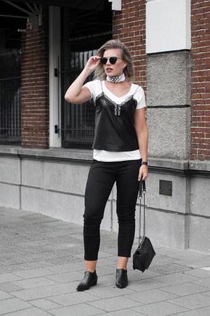white basic white tee Hema t-shirt - black KendallKylie boots - white asos scarf