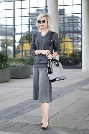 charcoal gray Alexander Wang bag - charcoal gray v-neck sweater asos jumper