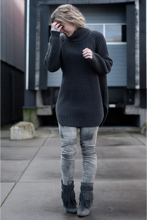 gray hope sweater - charcoal gray costes boots - heather gray H&M Trend pants