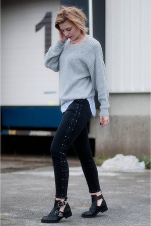black Sacha boots - black Zara jeans - heather gray Vila sweater