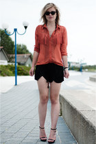 black Zara shorts - black ray-ban sunglasses - burnt orange the Sting blouse