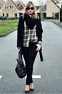 Black-big-oversized-zara-coat-black-curve-id-black-levis-jeans