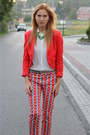 Red-hm-blazer-ivory-bershka-shirt-red-zara-panties-green-zara-heels