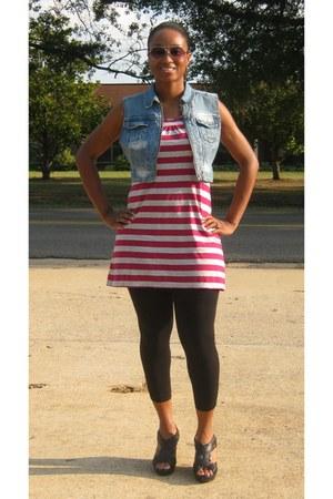 black Charlotte Russe wedges - black unknown brand tights