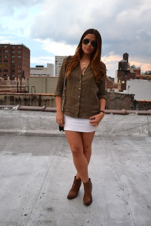 Express skirt - aviator Ray Ban sunglasses - Zara blouse - Red Lip-iD necklace